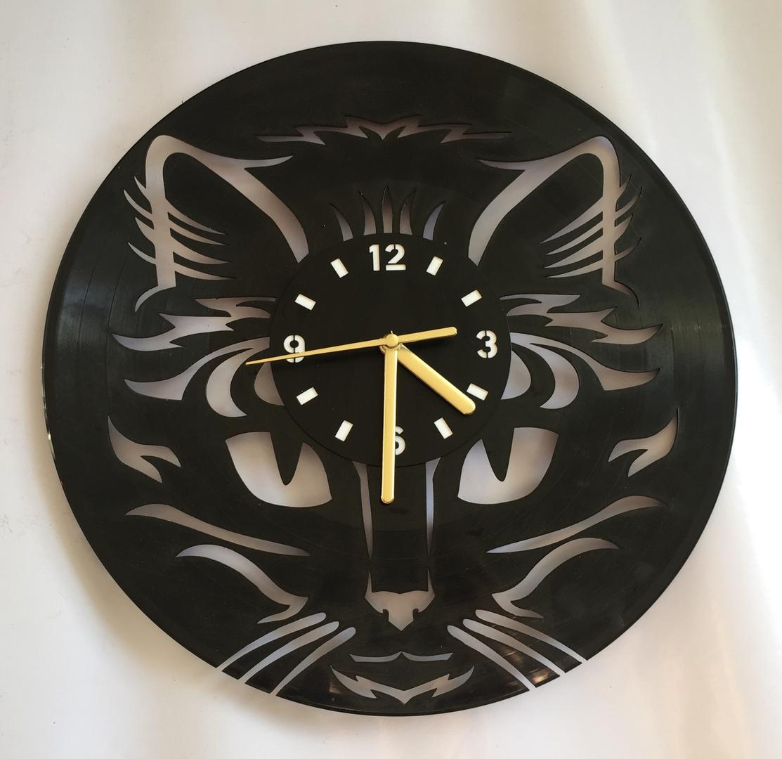Cat Face Wall Clock Laser Cut Free Vector