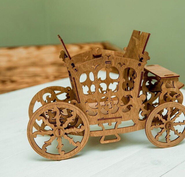 Laser Cut Carriage Candy Cart Sweet Display Stand 3mm Free Vector