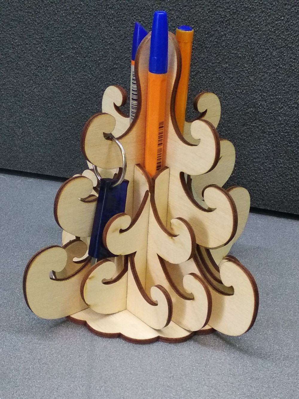 Laser Cut 3D Christmas Tree Pencil Holder Hanger Free Vector