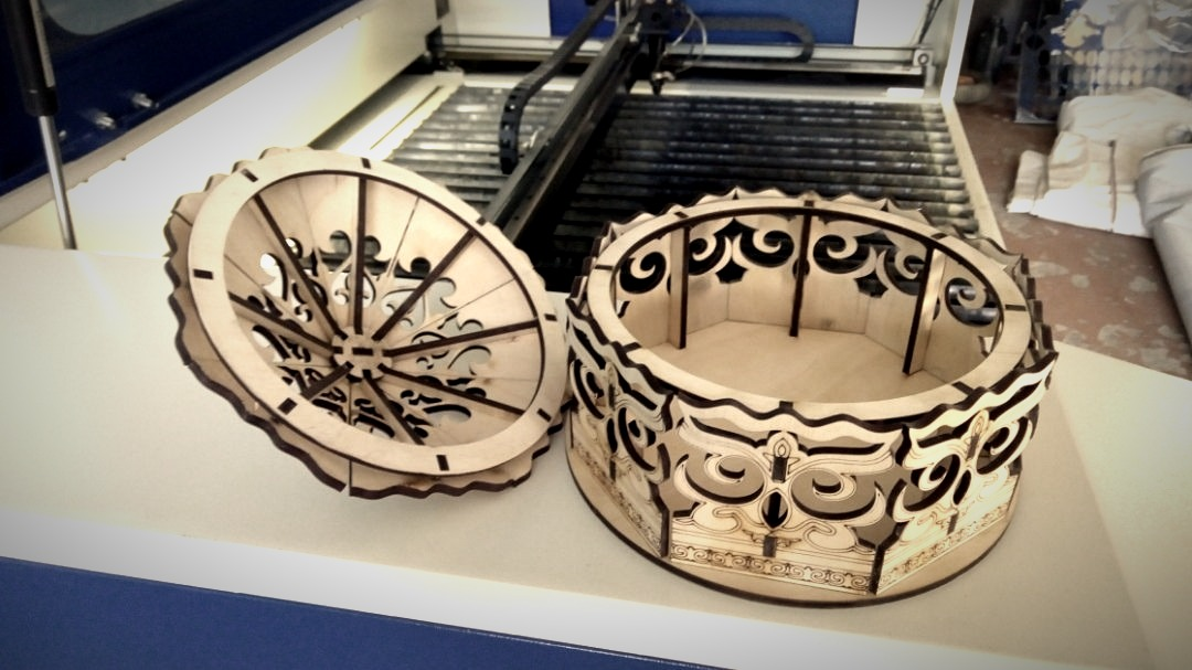 Laser Cut Decorative Wooden Basket With Lid Free Vector