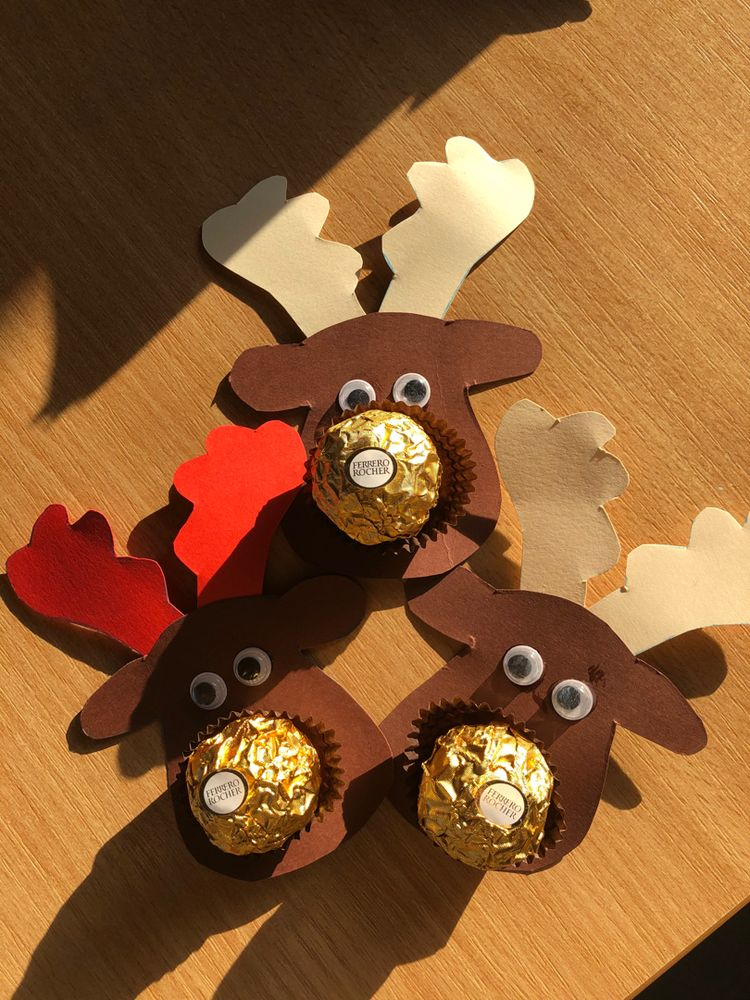 Laser Cut Christmas Toy Deer with Candy Free Vector