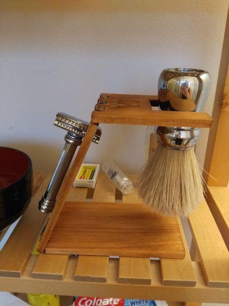 Laser Cut Shaving Stand