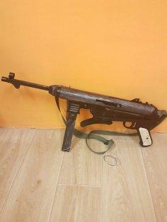 Laser Cut MP40 Schmeisser Rubber Band Gun Free Vector