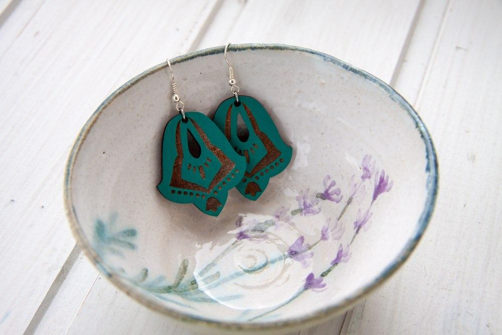 Wooden earrings Free Vector