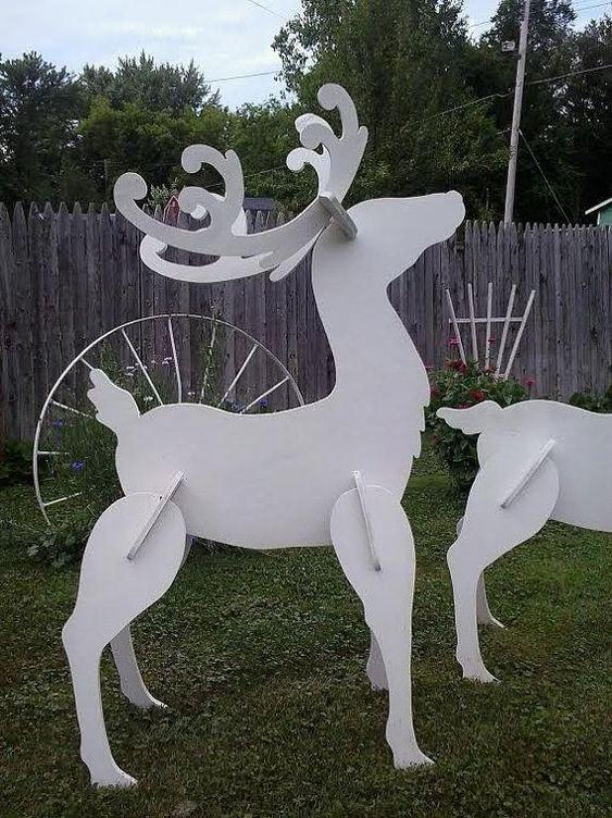 Laser Cut Wood Reindeer Christmas Yard Art Lawn Decoration Free Vector