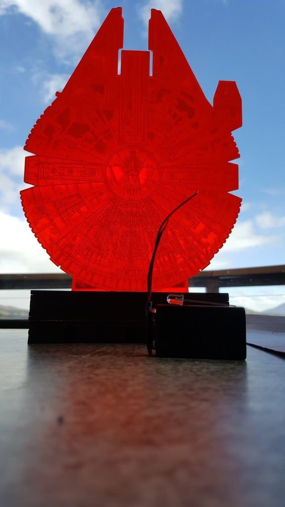 Laser Cut Star Wars Millenium Falcon And Stand 3D Optical Illusion Lamp DXF File