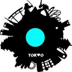 Chasy Tokio Free Vector