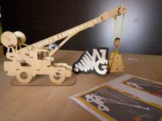 Crane 3D Puzzle Free Vector
