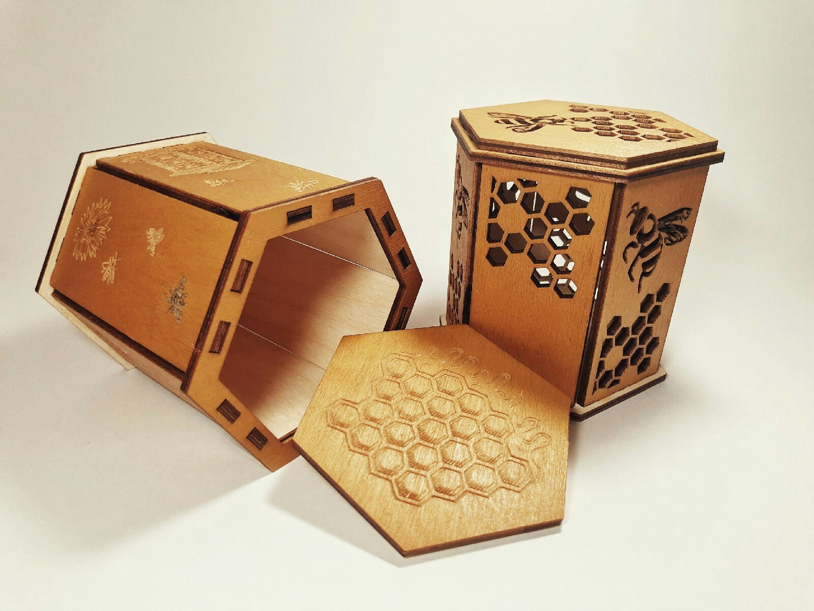 Laser Cut Box for Jar of Honey Free Vector