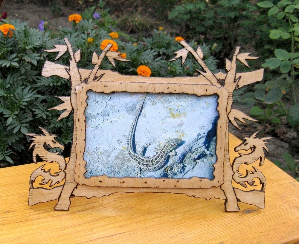 Dragon Picture Frame Design Free Vector