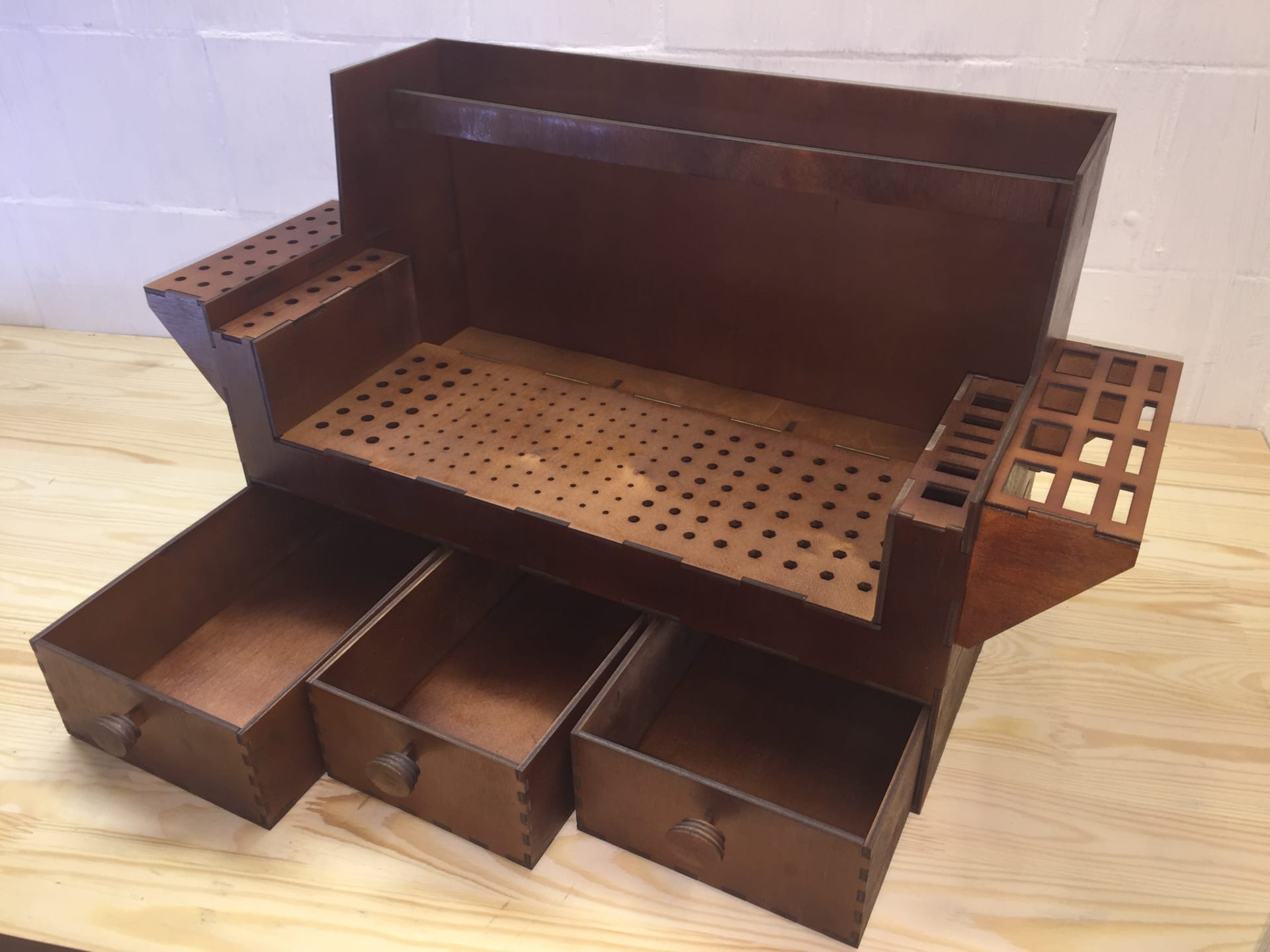Laser Cut Bench Top Tool Organizer Workshop Tool Holder 4mm Free Vector