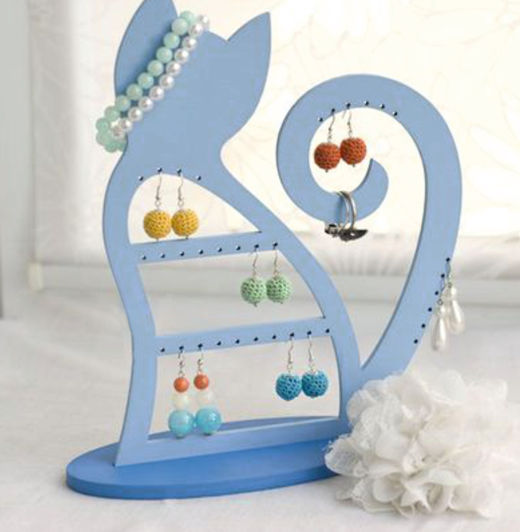 Cat Jewelry Stand Free Vector