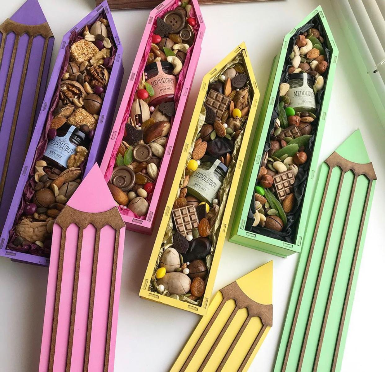 Laser Cut Pencil Candy Box Pencil Shaped Gift Box DXF File