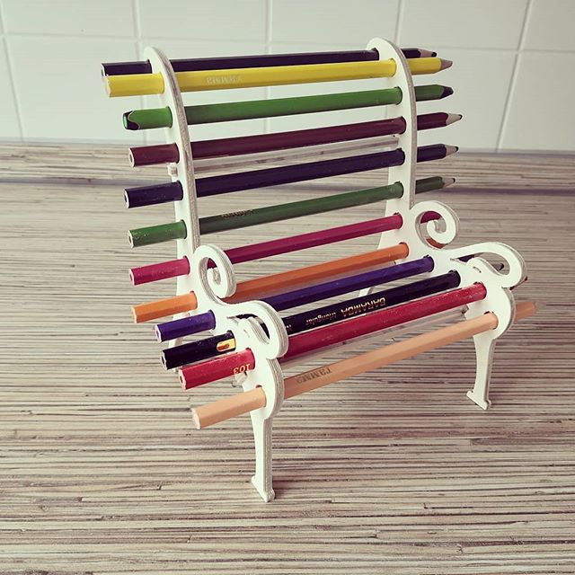 Laser Cut Bench Shaped Color Pencil Holder Free Vector