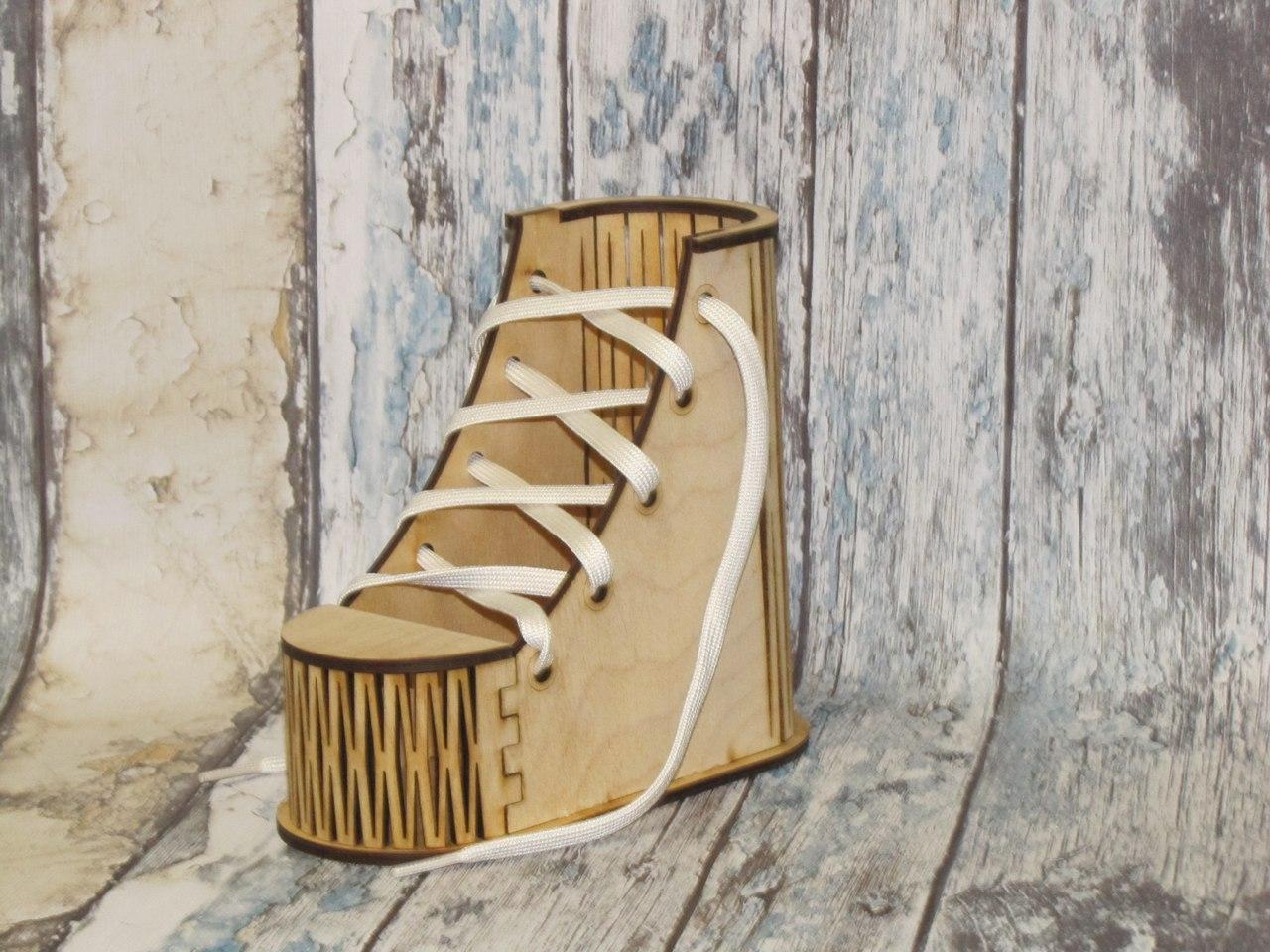 Laser Cut Wooden Shape Shoes Stand Desk Organizer Pen Pencil Holder Free Vector