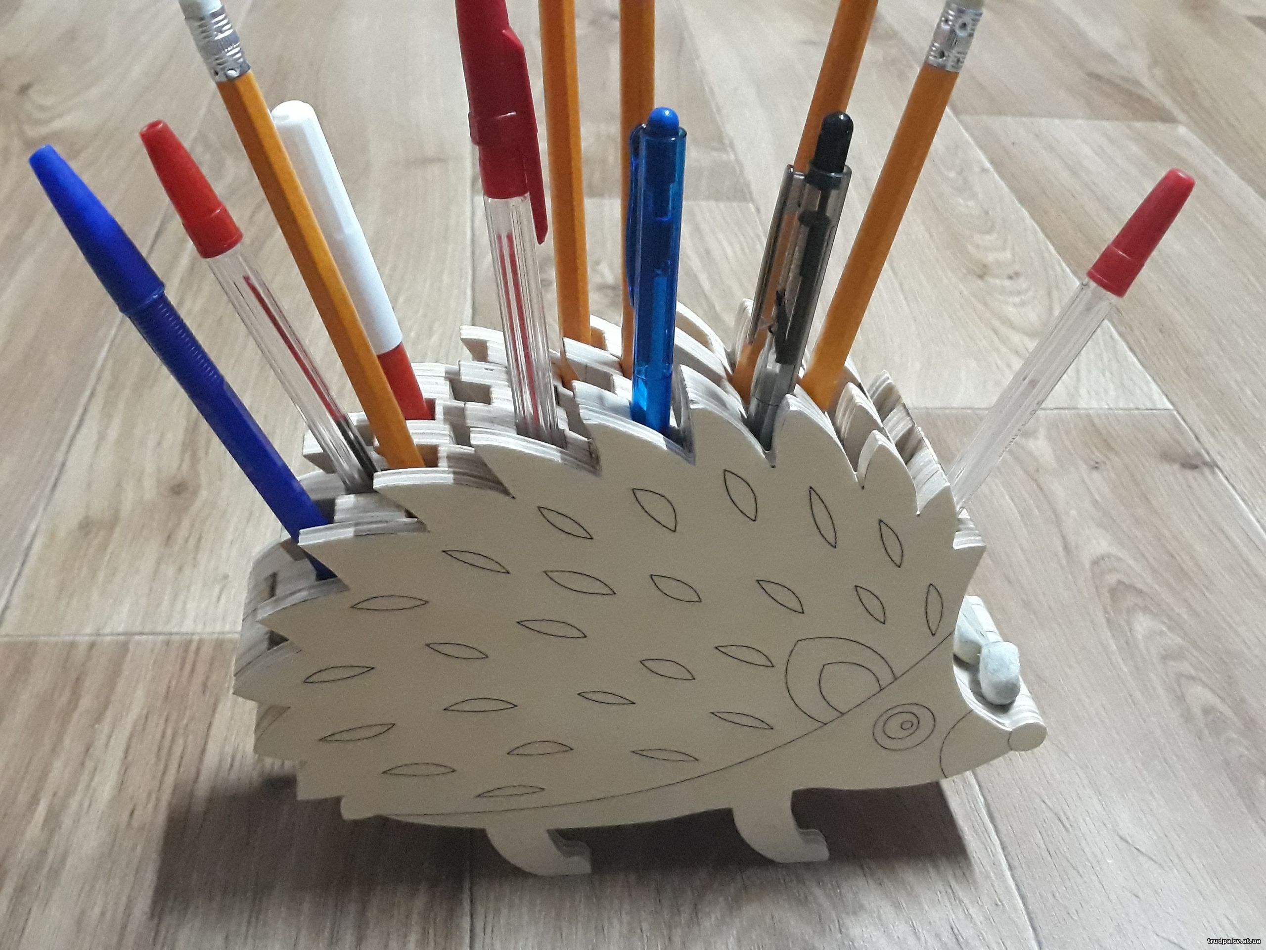 Laser Cut Wooden Hedgehog Pencil Holder PDF File