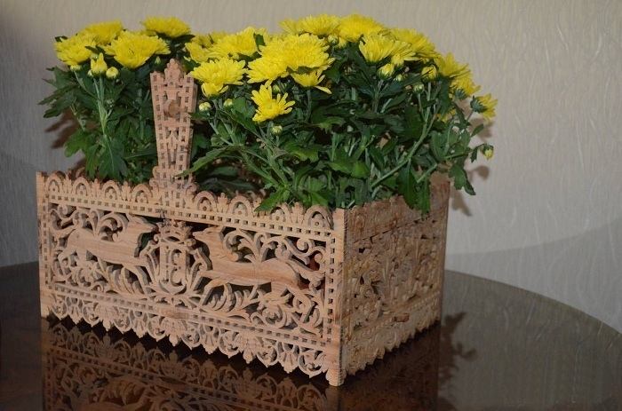 Intricate Fretwork Basket PDF File