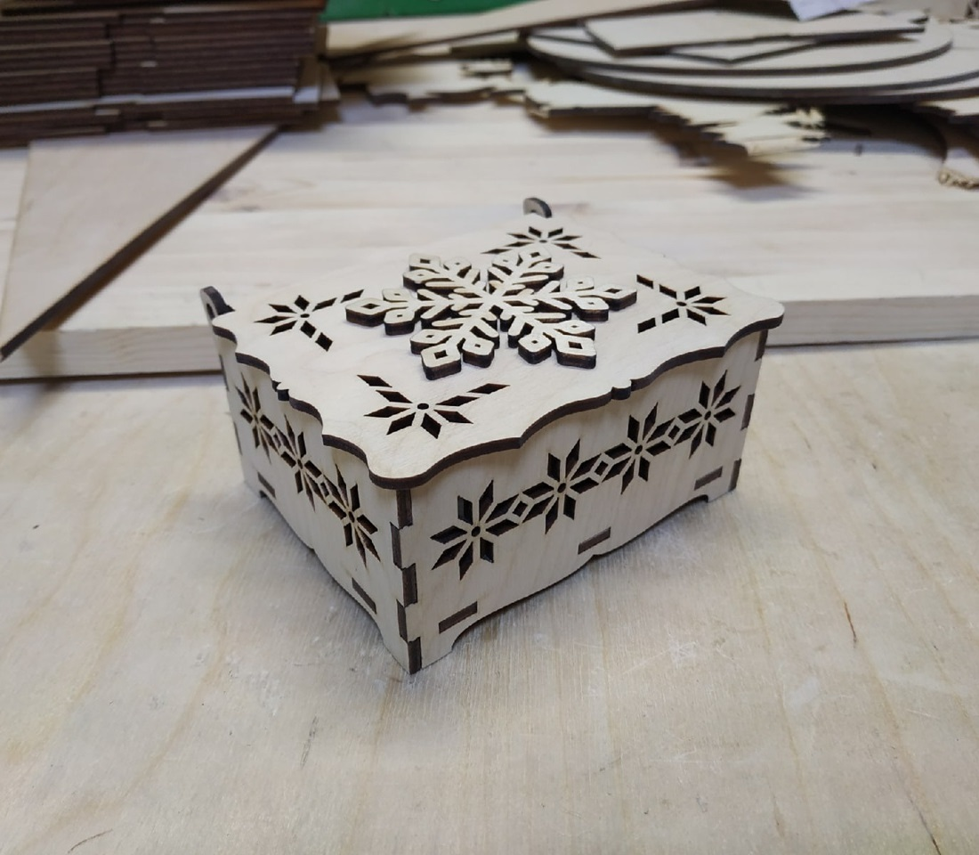 Laser Cut Snowflake Box Template Wooden Decor Snowflake Favour Box Free Vector