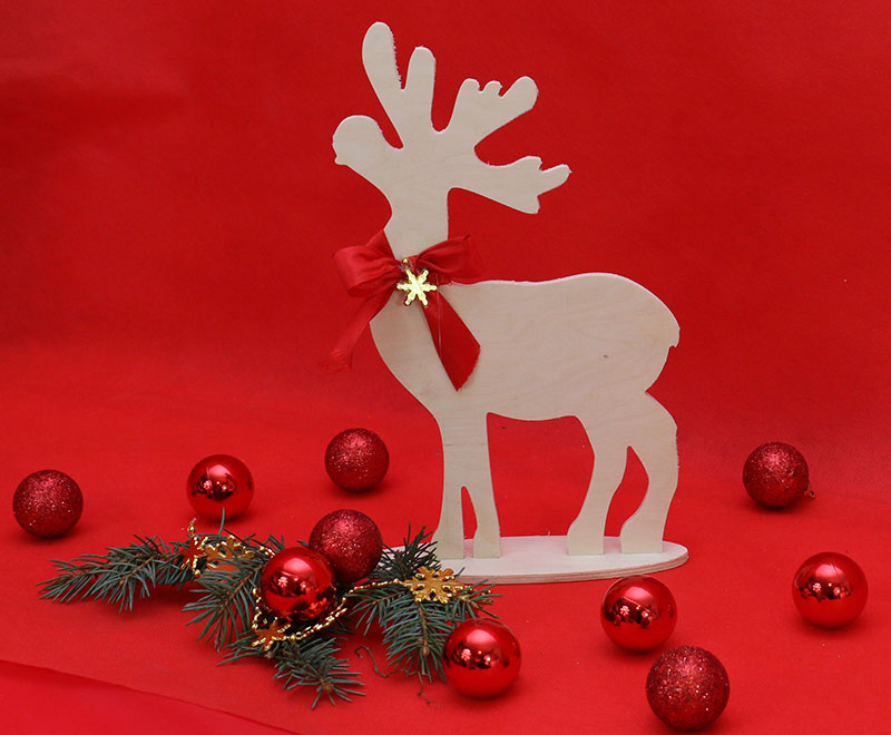 Laser Cut Plywood Deer Christmas Decoration Free Vector