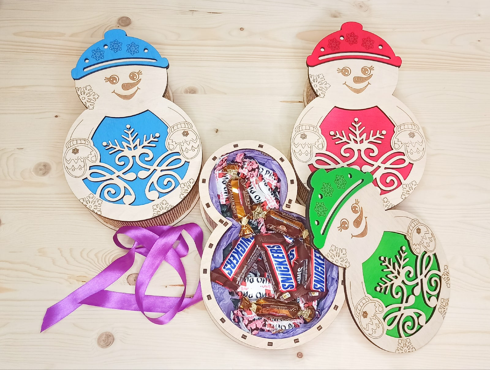 Laser Cut Snowman Candy Box Christmas Gift Box Free Vector