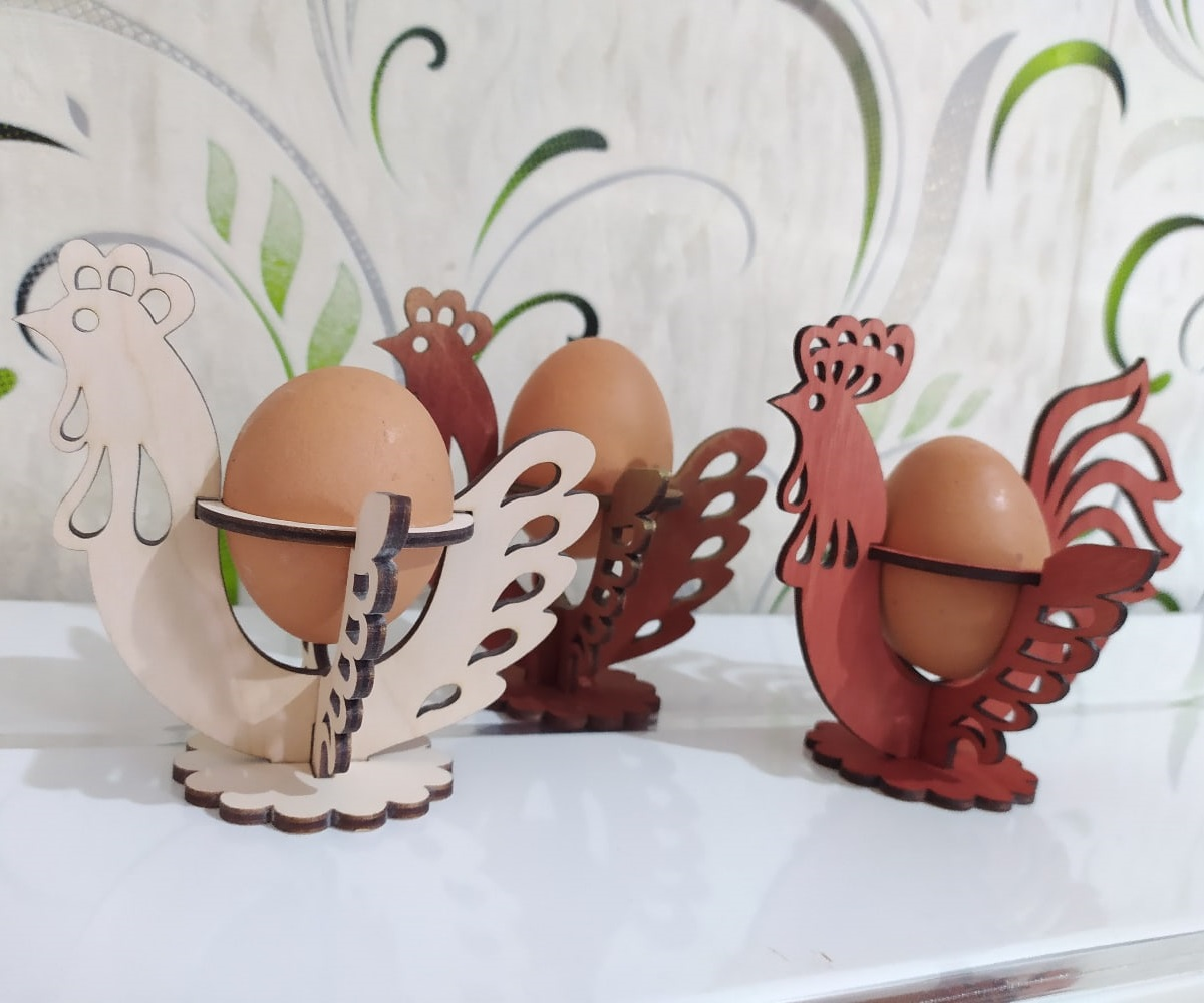 Laser Cut Wooden Easter Rooster And Chicken Egg Stand Free Vector
