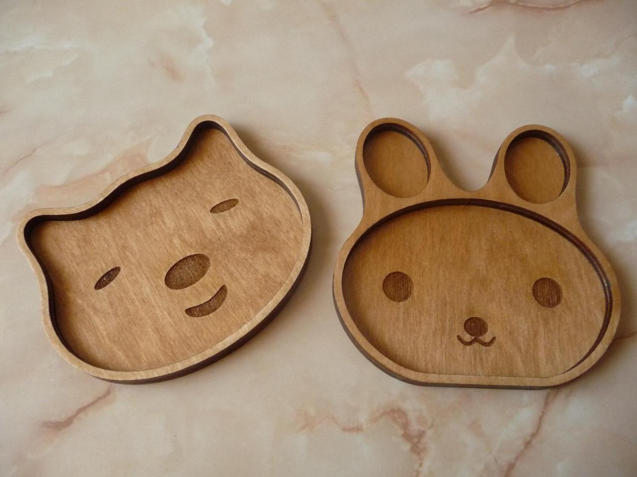 Children's Plates Laser Engraved Free Vector