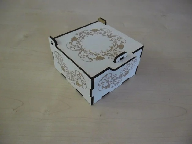 Laser Cut Engraved Small Box With Lid And Lock Free Vector