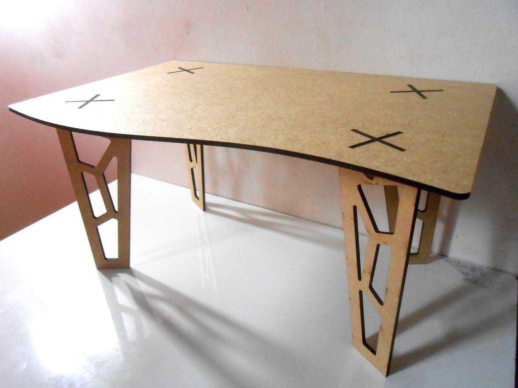 Table 3d Fancy Legs dxf File