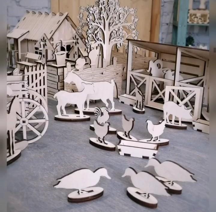 Laser Cut Wooden Farmhouse Toy Farm Animals Free Vector