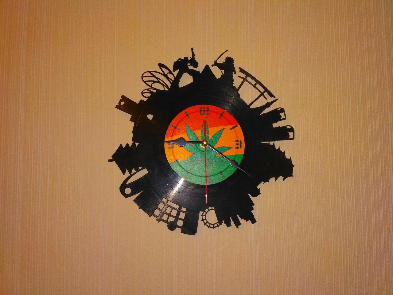 Laser Cut Tokyo Vinyl Clock Free Vector