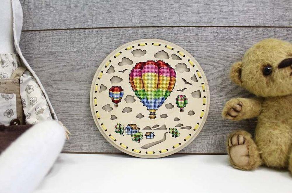 Laser Cut Cross Stitch Hot Air Balloon Decoration 18х18см Free Vector