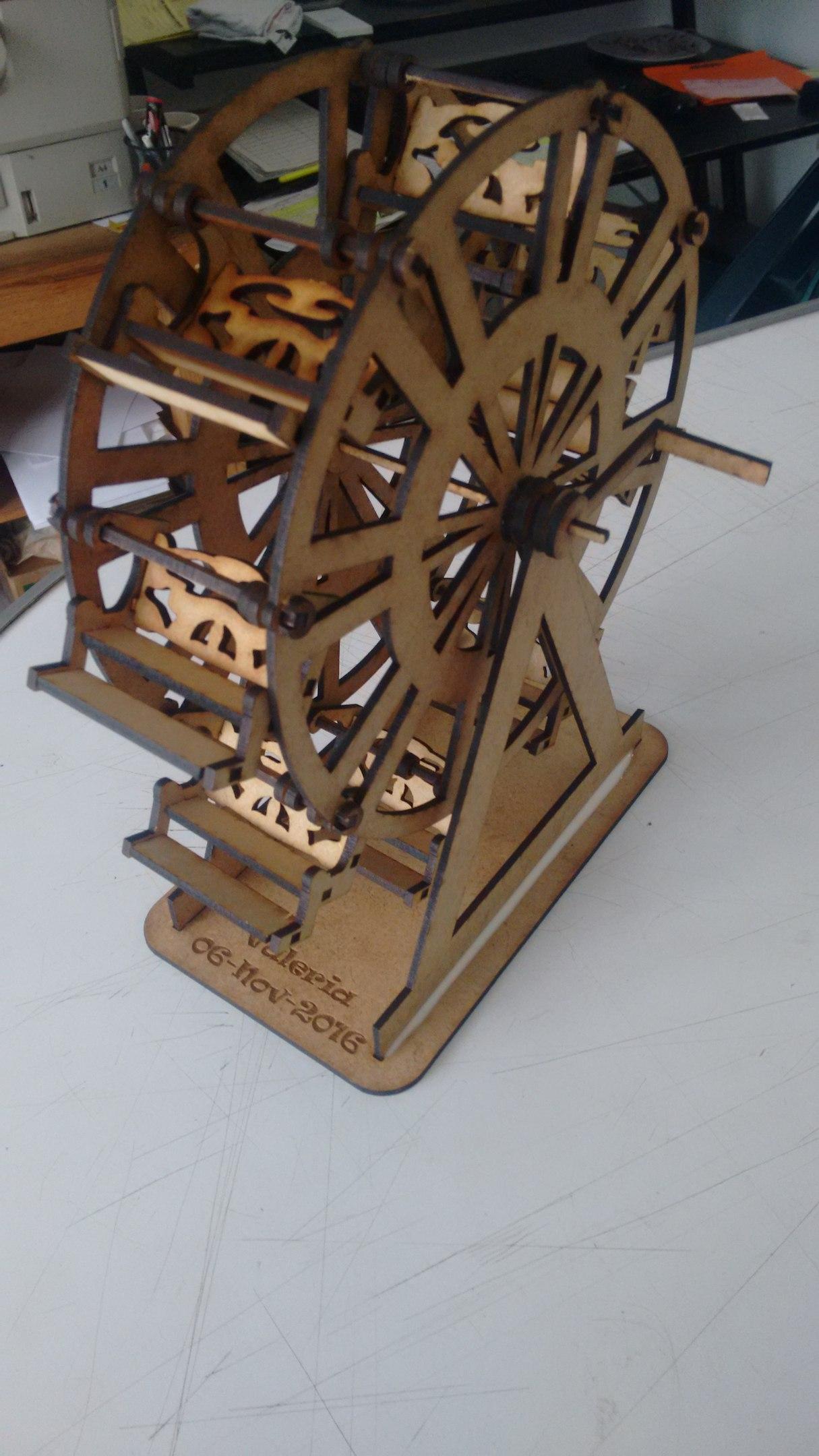 Ferris wheel 3D Puzzle Free Vector