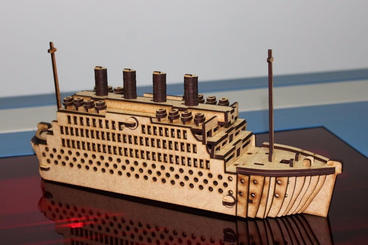 Titanic 3D Puzzle Free Vector