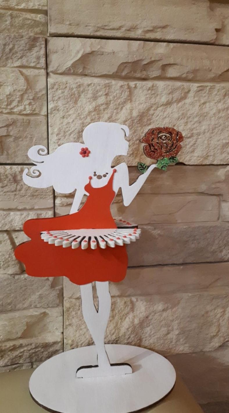 Laser Cut Wooden Decorative Girl Tissue Paper Holder Napkin Holder For Dining Table Tissue Holder Free Vector