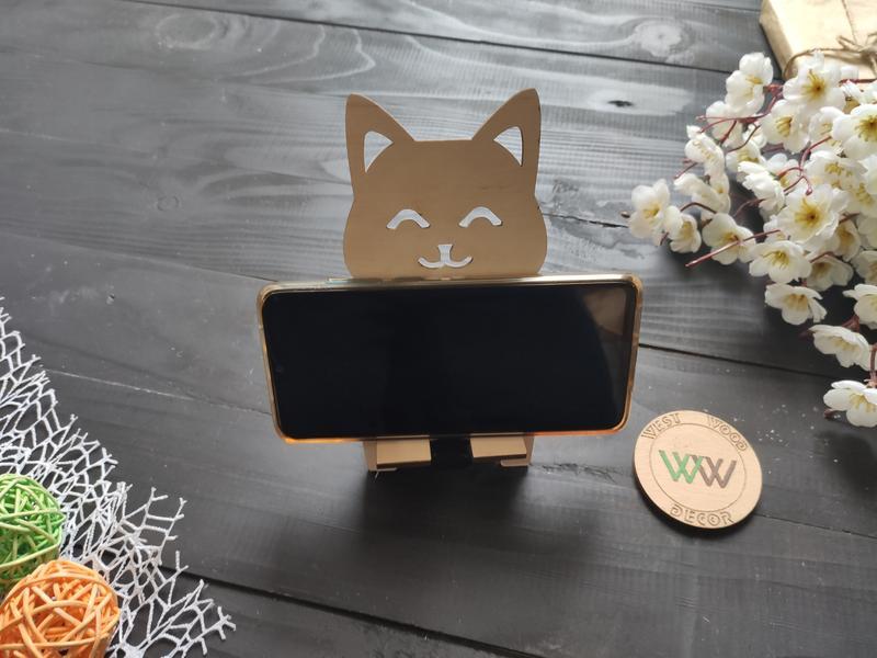 Laser Cut Cute Cat Smartphone Stand Free Vector