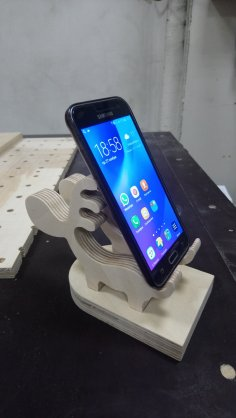 Laser Cut Wooden Deer Phone Stand Holder Charging Dock PDF File